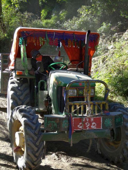 Traktor - reich geschmückt